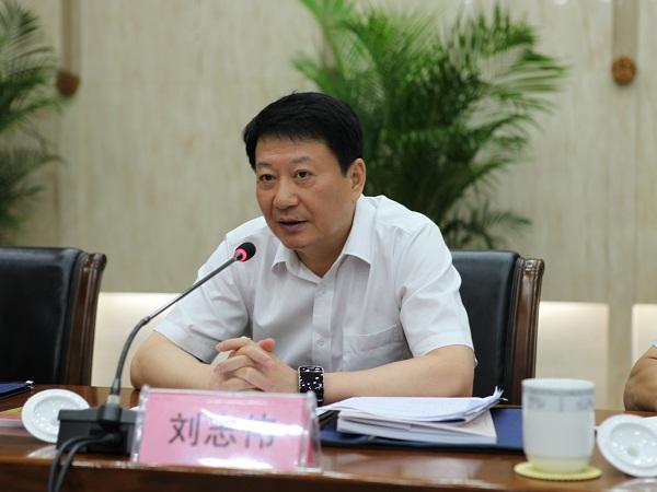市委常委,政法委书记刘志伟率第一检查组验收