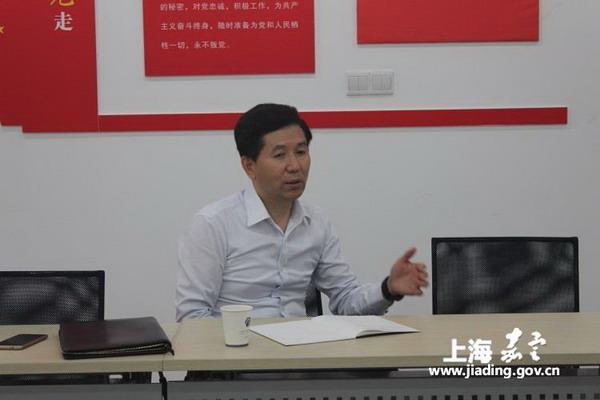刘海涛调研徐行社区综合文化中心加装电梯进展情况