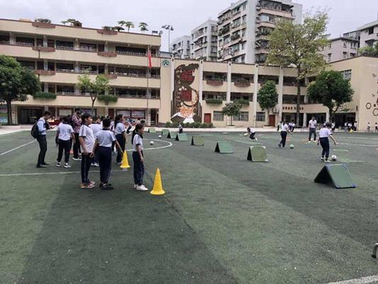 教育部体卫艺司来穗开展青少年校园足球工作情况调研