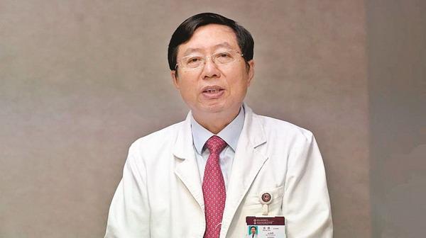 中国医师协会心律学专业委员会主任委员,世界心律失常学会主席.
